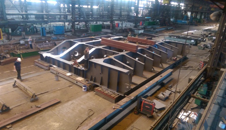 Main flat wheel gates of spillway dam for Dneprovskaya HPP (Customer UKRHYDROENERGO)